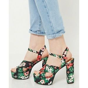 Floral Thick Platform Heel NWT